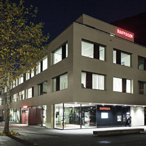 Interlaken Ost Raiffeisenbank Jungfrau / Jugendherberge 3a